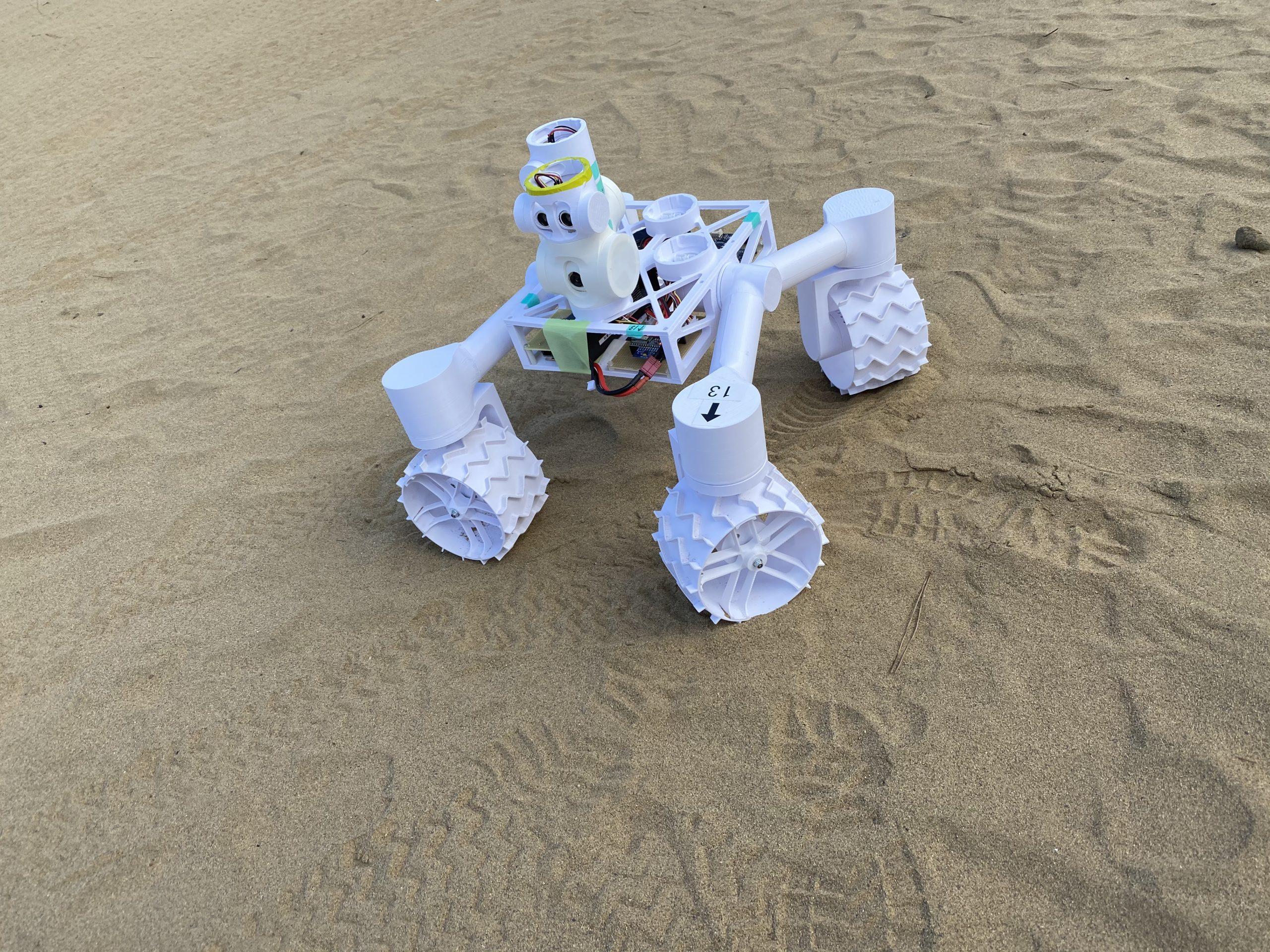 鳥取砂丘でローバー体験イベントを実施